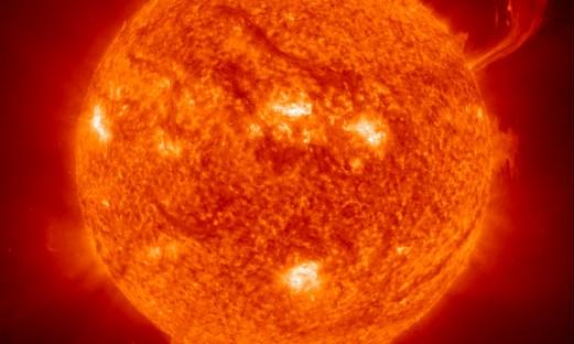 närbild på solen från NASA