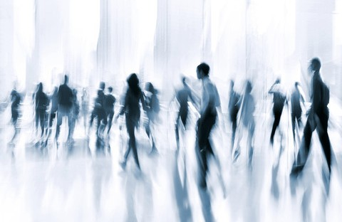 människor i rörelse