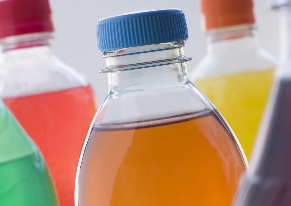 flaskor med läsk