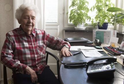 Vera Emanuelson räknar med att ett anpassat boende snart är ett måste. foto: roger lundholm