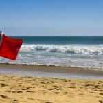 Varningsflaggor för cancer – de 8 vanligaste alarmsymtomen vid cancer