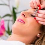 Konserveringsmedel orsakar eksem vid ögonfransförlängning