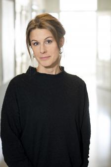 porträttfoto Annika Björne Fors